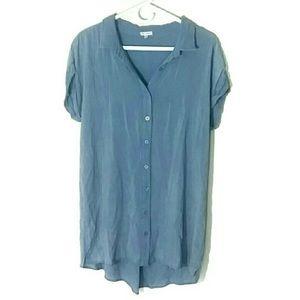 En créme blouse